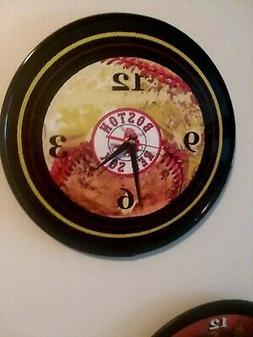 BOSTON RED SOX - 12 INCH QUARTZ WALL CLOCK - NEW - FREE PRIO