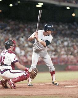 Boston Red Sox CARL YASTRZEMSKI Glossy 8x10 Photo Baseball P