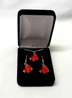 NEW Boston Red Sox Earrings Pendant Set Necklace Chain in Gi